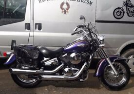 EXCELLENT 2004 KAWASAKI VN800 VULCAN CLASSIC SOLO AND DUAL SEAT, 14261 MILES SCREEN BAGS AND EXTRAS