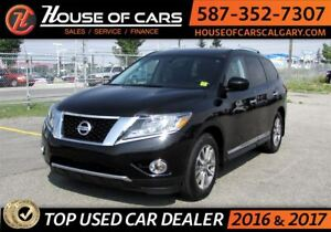 2015 Nissan Pathfinder SL / Navi / Leather / Back up Camera