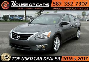 2015 Nissan Altima 2.5 SL / Navigation / Back Up Camera / Sunroo