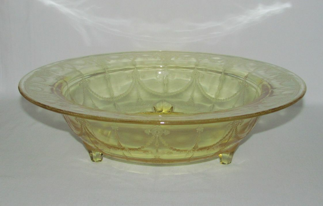 Hocking Glass Co. CAMEO Ballerina Yellow Large 3-Footed Console Bowl