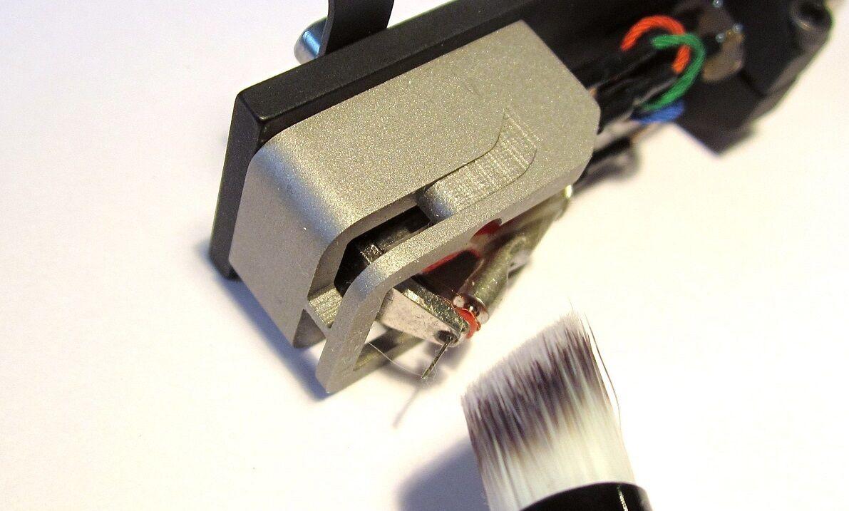 Nadelreinigungsbürste, High End, für Tonabnehmer, abgeschrägt,D=10mm,45mm hoch