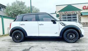 2014 MINI Cooper Countryman S All4 ***THIS IS THE ONE***