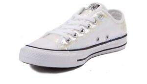 Woman's Convers Chuck Taylor Lo Iridescent Sequin Sneakers