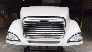 Freightliner Columbia 120 Hood New Aftermarket Complete With Headlights & Grill