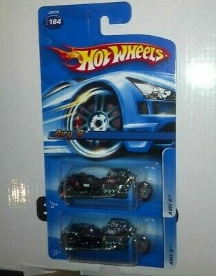 2 2006 HOT WHEELS Airy 8 Black w/ red wheels Purple V8 Motorcycle Chopper
