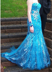 Tony Bowls Le Gala Prom Dress