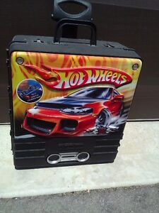 Hotwheels car storage suitcase carrying case system container London Ontario image 2