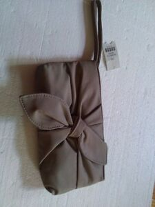 Women's grey wristlet clutch bow front handbag New with tags London Ontario image 2