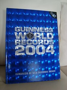 5 Guinness World Records Hardcover Books - Excellent Condition Kitchener / Waterloo Kitchener Area image 10