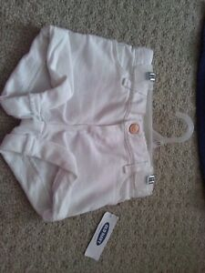 BNWT GIRL'S OLD NAVY BLUE BLOUSE TOP + WHITE DENIM SHORTS OUTFIT London Ontario image 2