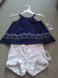 BNWT GIRL'S OLD NAVY BLUE BLOUSE TOP + WHITE DENIM SHORTS OUTFIT London Ontario image 1