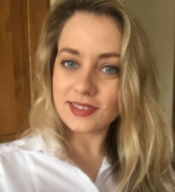 Professional female looking for 1 bed flat in Didsbury, Manchester