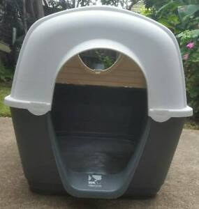 Dog Kennel with removable roof (Large Plastic) - Fido and Fletch