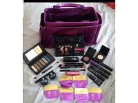 Younique massive make up bundle