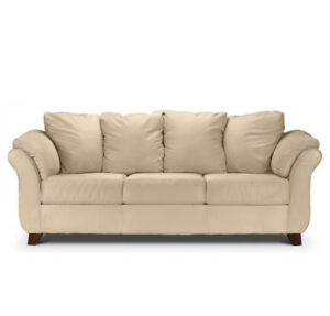 Cozy, easy-care and casual style sofa.