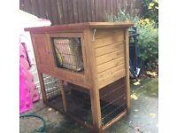 Very good condition rabbit hutch