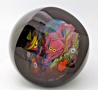 "STUART ABELMAN Fish Tank Underwater Art Glass Paperweight,Apr 4.25""Wx4.5""H"