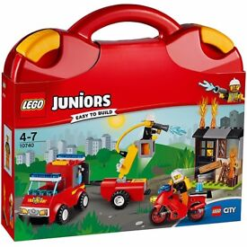 LEGO Juniors 10740 Fire Patrol Suitcase - Brand new