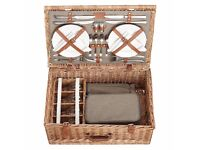 John Lewis Croft Collection 4 Person Luxury Wicker Picnic Hamper