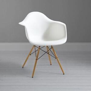Mmilo DAW Retro Dining Chair with Eiffel Style Legs (White)