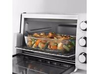 TABLE TOP OVEN by DELONGHI E12012W - ELECTRIC - BRAND NEW STILL BOXED - COST £99.99 - ACCEPT £55