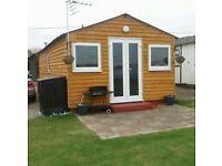 2 bedroom chalet that sleeps 6. In leysdown, isle of sheppey, Kent.