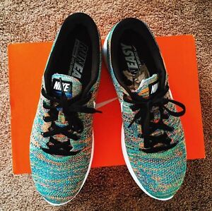 """Brand new (never worn) """"Nike Lunarepic Low Flyknit) size 10.5 US"""