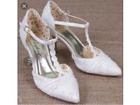 Size 6 betsy bridal shoes