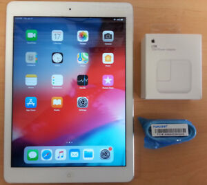 iPad Air 16GB Wifi w/ New OEM 12W Charger and Cable