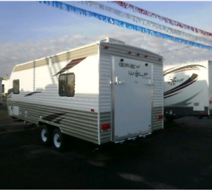 2011 FOREST RIVER GREY WOLF 19 RR TOY HAULER