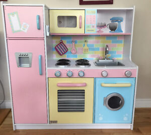 Kidkraft Deluxe Culinary Kitchen for Kids