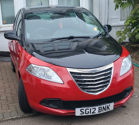 Chrysler Ypsilon Black and Red SE edition for sale £1000