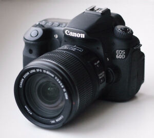 DSLR Canon 60D+ 2 Extra Lens And A Lot Accessories (Barely Used)