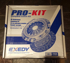 BRAND NEW 2006 MAZDA 3 CLUTCH ASSEMBLY KIT