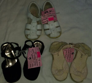 Baby Girls Size 6 Shoes & Sandals London Ontario image 1