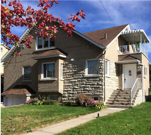 big house sell in the best area of Lachine, best price