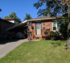 WEST END Bright, Beautiful 2Bdr Main Floor, $1820 ALL IN