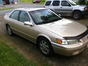1998 Toyota Camry XLE Gold Edition