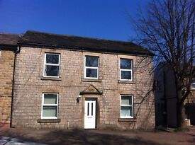 2 BED LARGE FIRST FLOOR APARTMENT (MOTTRAM)