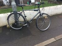 RIDGEBACK GENTS HYBRID BICYCLE