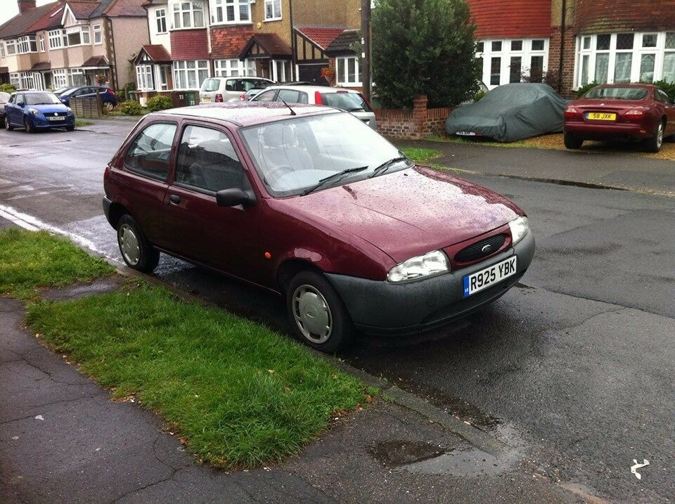 ford fiesta 1999 pepper red 3 door 1 3 petrol 16v 1 years mot in sutton london gumtree. Black Bedroom Furniture Sets. Home Design Ideas