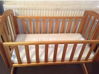 *NEW* Baby Swinging Crib (Comes with free mattress) and Changing Unit Draw