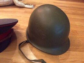 US Military WWII M1 Helmet with front seam and fixed bales