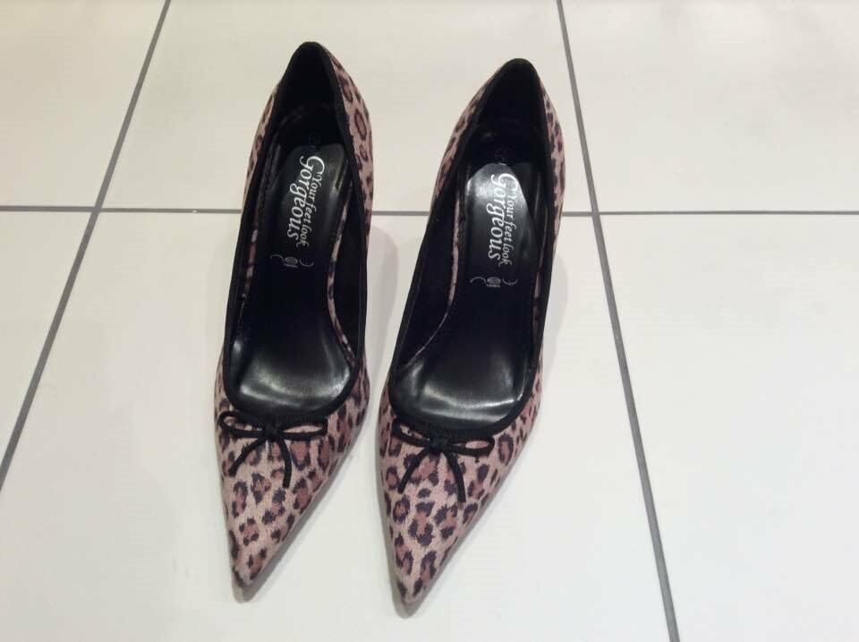 Suede effect leopard print heels with black bow, size 5