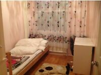 room in welling - £100 per week or £400 per month - all inclusive free parking space