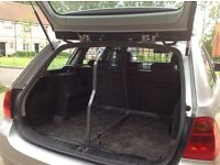 BMW 3 Series Touring (E91) travall dog guard and divider.