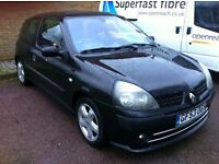 53 reg TOP OF THE RANGE CLIO WITH FULL SERVICE HISTORY (BARGAIN)
