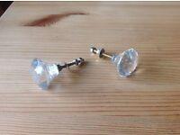 Glass/crystal door knobs