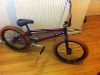 full custom bennyl bmx £400 are swap for xbox one are 125 moterbike