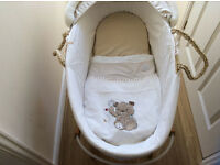 Moses Basket & Stand With Mattress, Sheets, Cover and Blankets Motercare Precious Bear